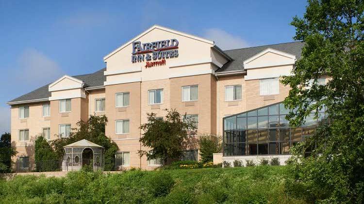 Fairfield Inn & Suites by Marriott Indianapolis East 4