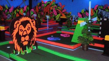 GlowGolf Mini Golf