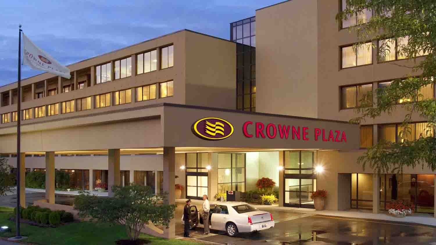 Crowne Plaza Indianapolis Airport 2