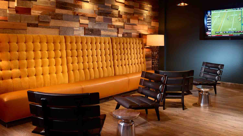 Severin Bar at Omni Severin Hotel 5