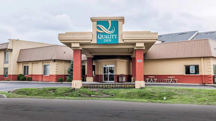Quality Inn & Suites East 5