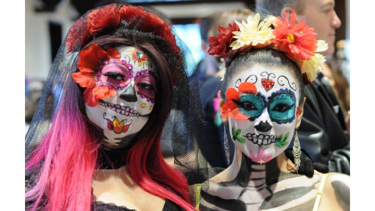 Dia de los Muertos (Day of the Dead) Celebration 4