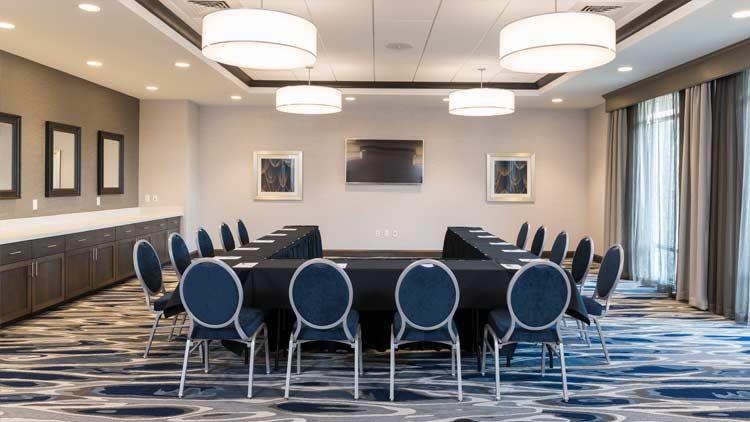 Hampton Inn & Suites - Indianapolis Keystone 8