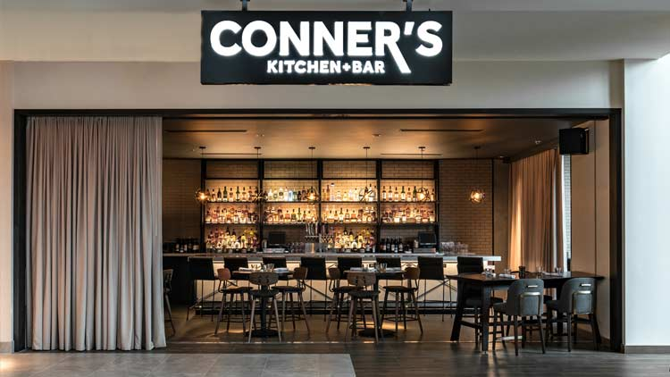 Conner's Kitchen + Bar at Indianapolis Marriott Downtown 5