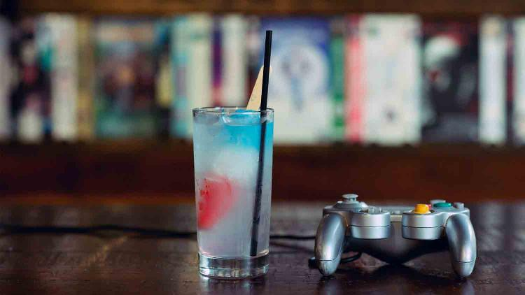 16-Bit Bar + Arcade