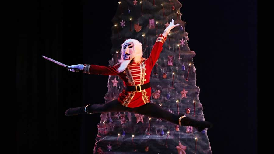 Indianapolis Ballet - The Nutcracker 1