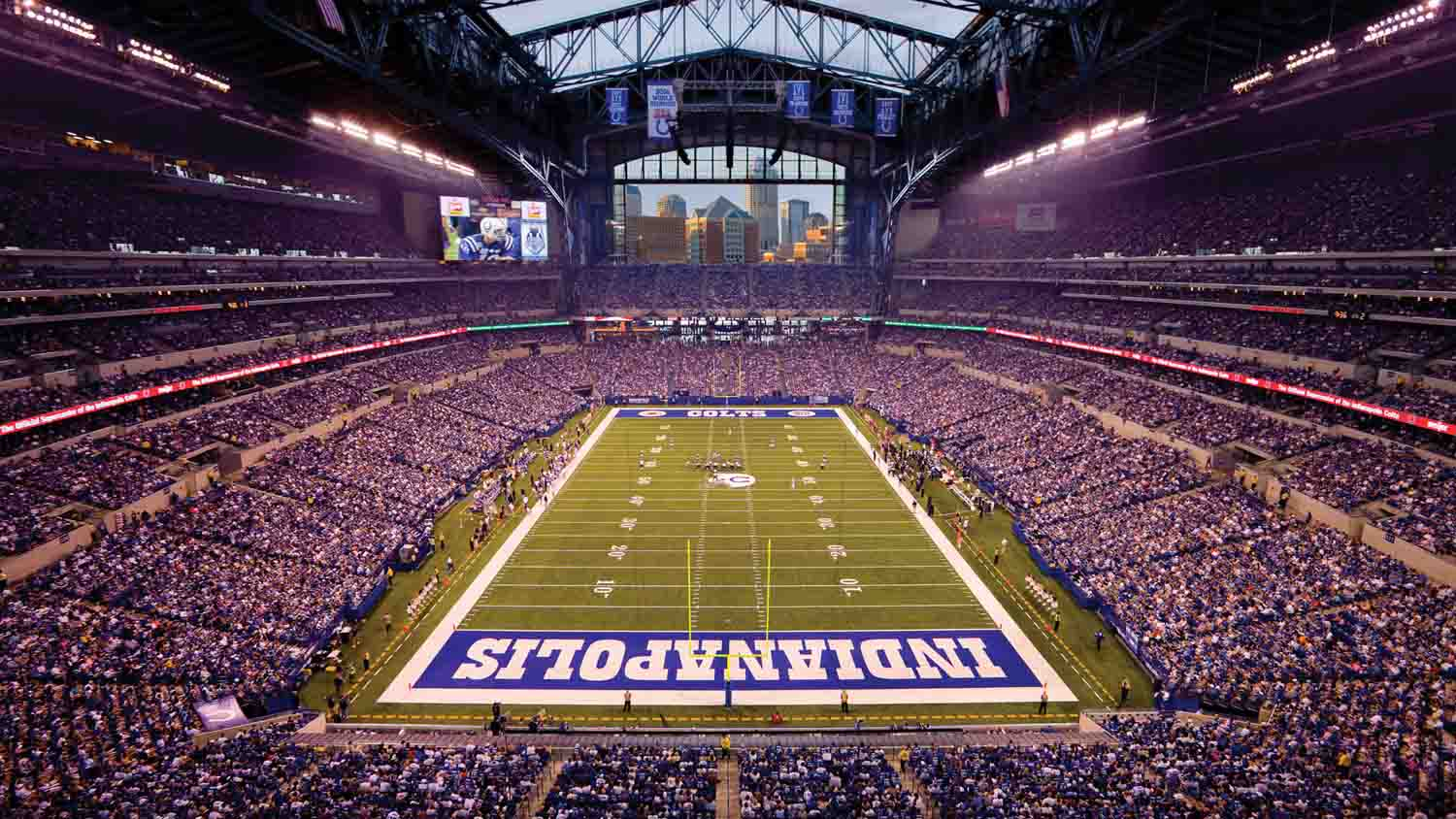 Lucas Oil Stadium 30